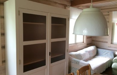 Eritellimusena minimalistlik mööbel